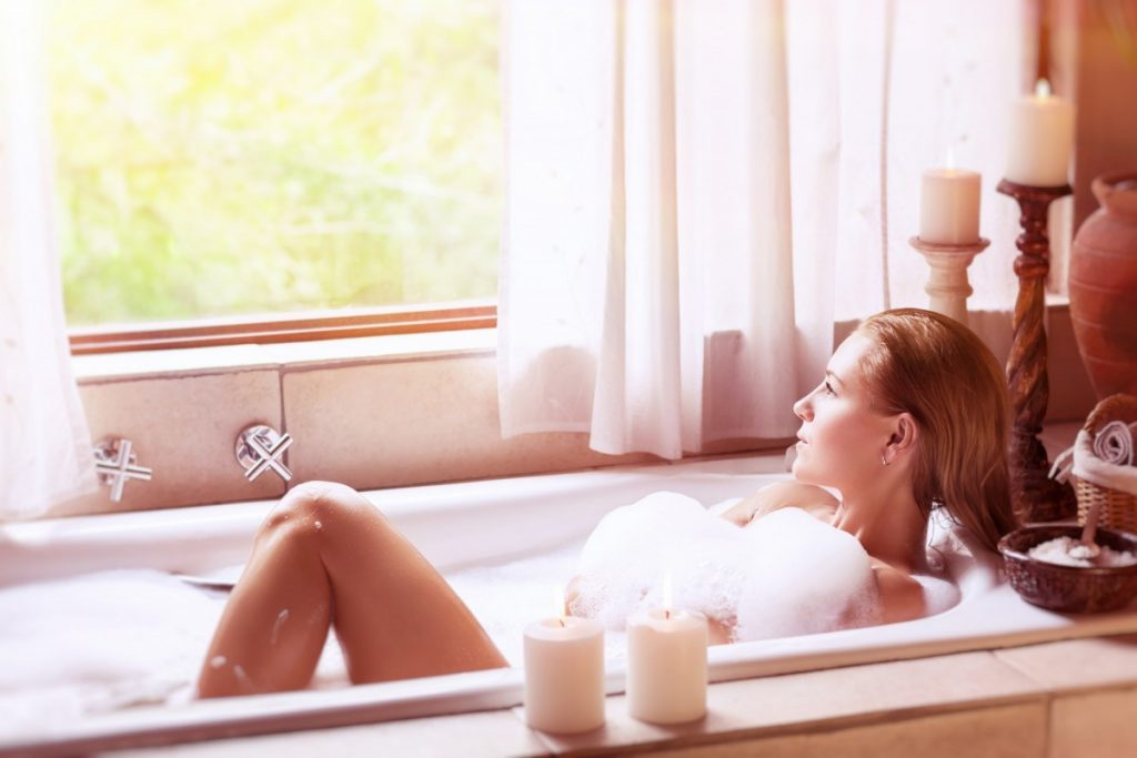 23 Ways To Make A Luxurious DIY Home Spa Bath On A Budget; Enjoying day spa