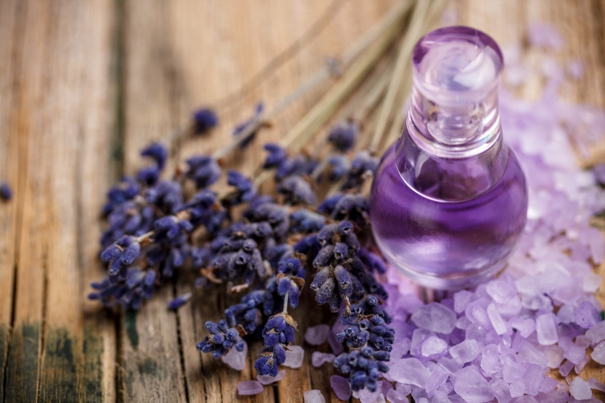 25 DIY Spa Gifts That Show How Much You Care; Lavender perfume