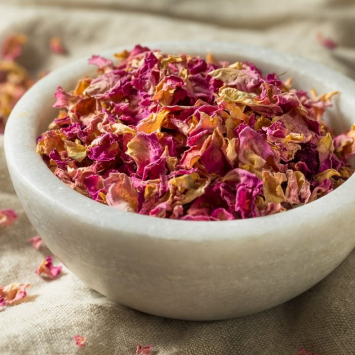 10. Healing Oats and Rose Tea Bags Recipe