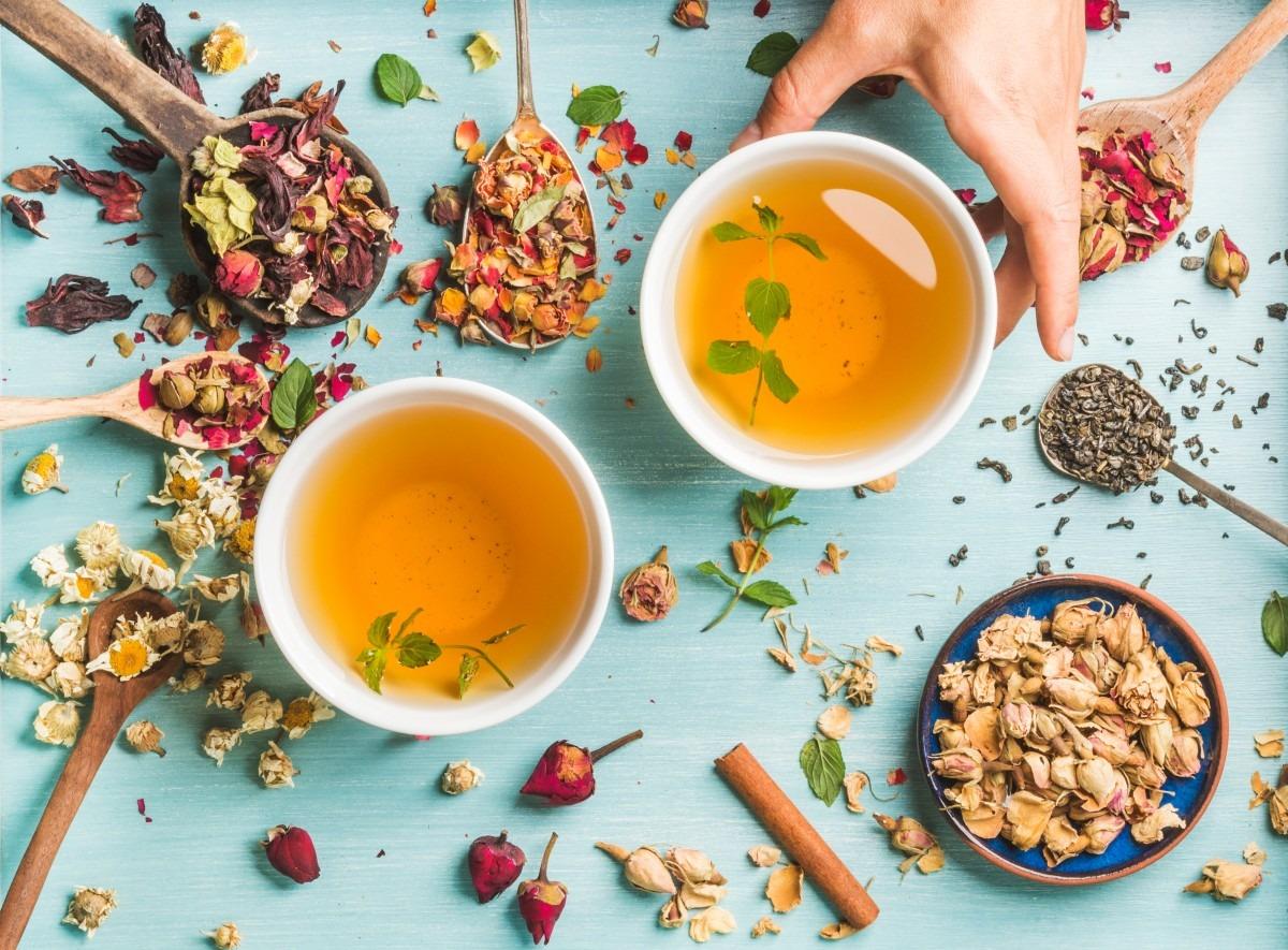 7 Best Bath Tea Bags That Heal All Skin Types
