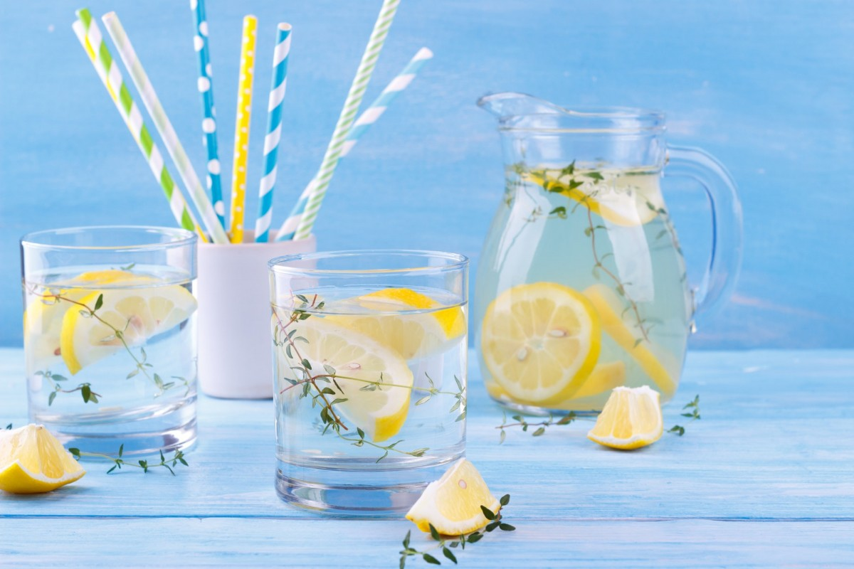 21 Invigorating Spa Water Recipes For Instant Energy; Water with lemon and thyme