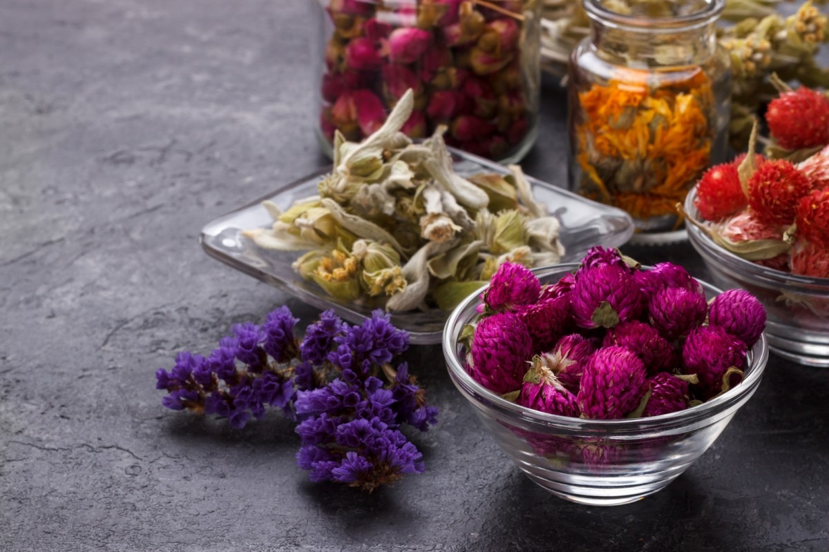 This DIY Spa Night Routine Will Give You A Youthful Glow; Herbs and dry flowers for tea