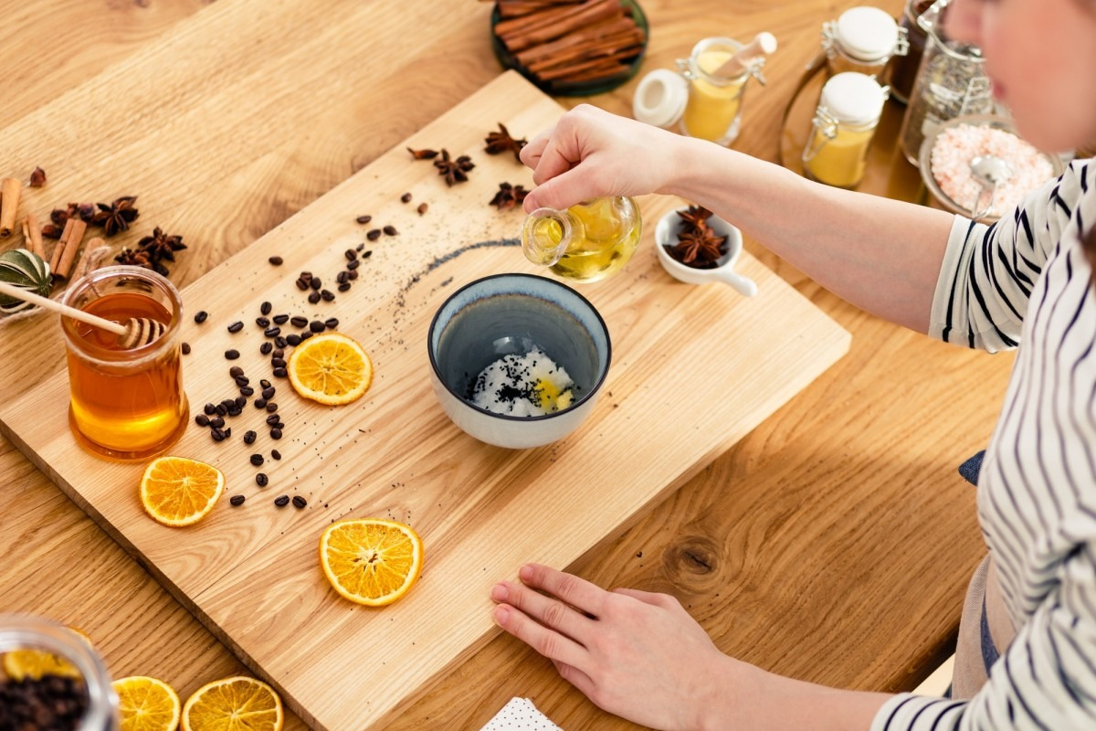 25 Easy DIY Spa Recipes That Will Make You Look 10 Years Younger; Making soap at home