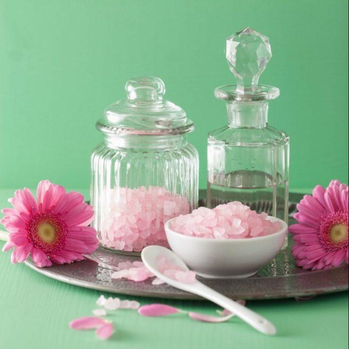 spa aromatherapy with pink salt gerbera flowers